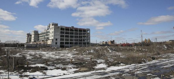 Decaying Detroit_8