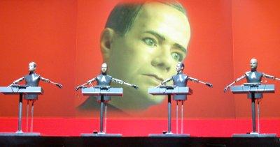 kraftwerk-the-robots-2004-11-10